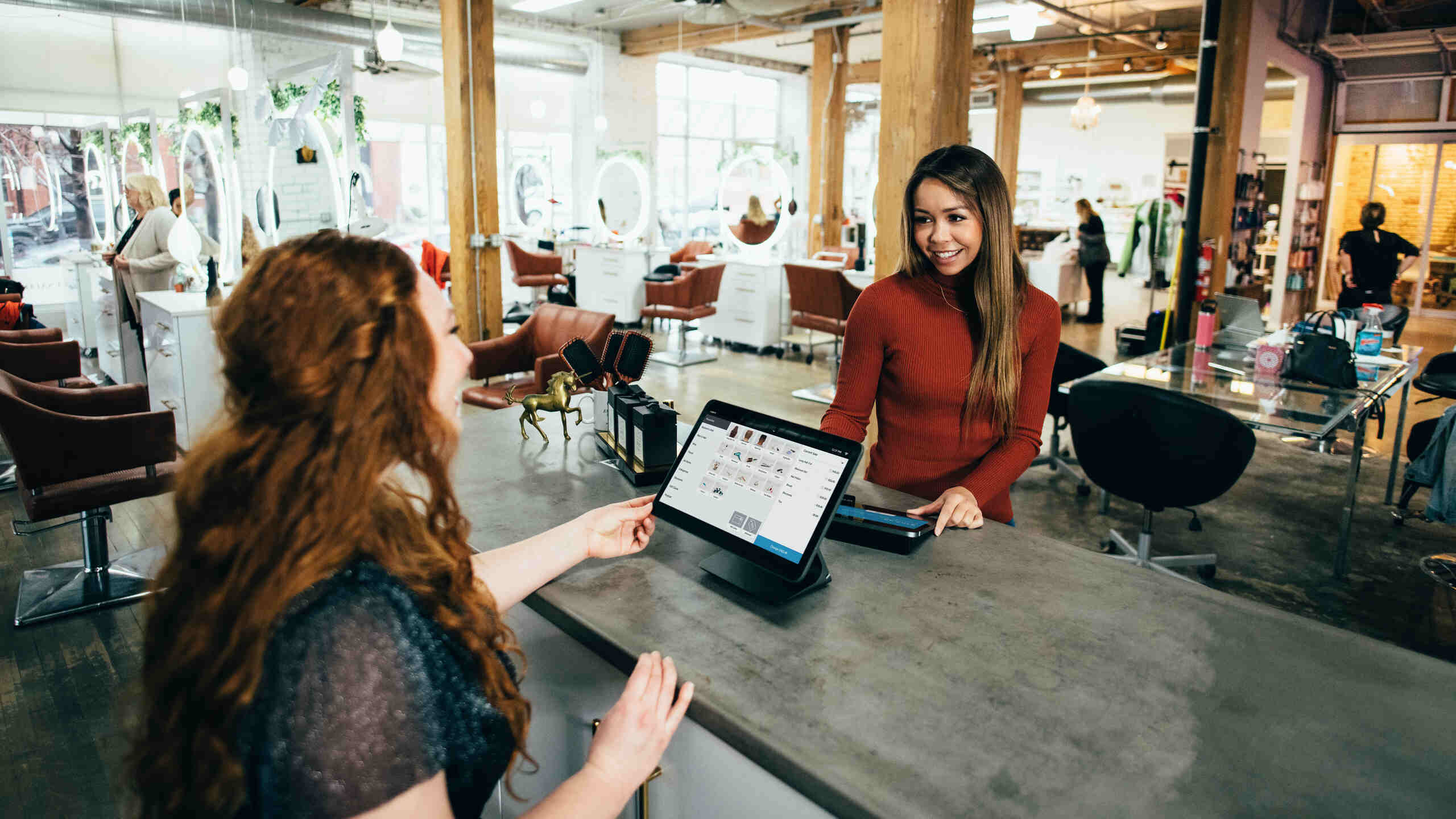 Single Customer View Adoption Transforms Customer Experience in Financial Services